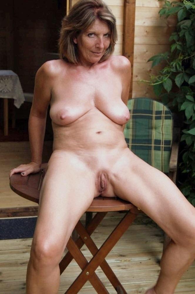 Wondoloski recommend Diana glenn naked