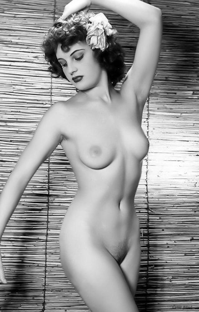 Cleopatra recommend Lorena garcia pics