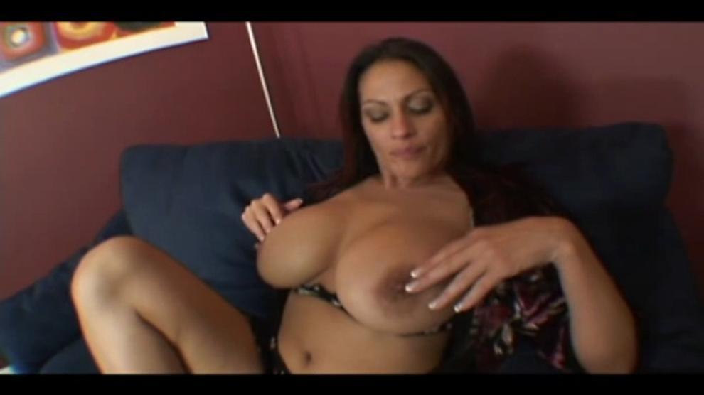 Delaremore recommends Wife needs huge dick