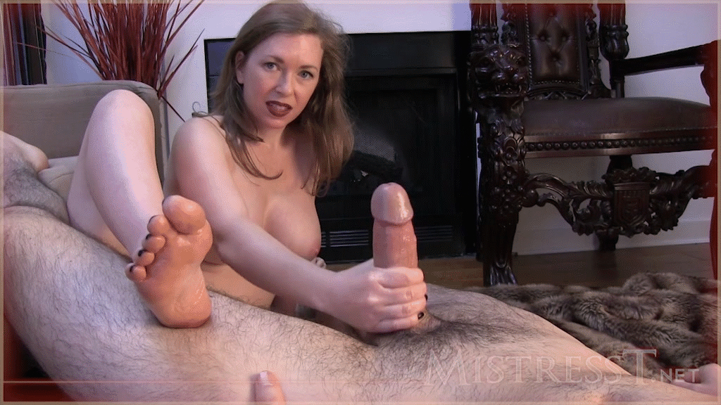 Koss recommend Pooltables and pantyhose
